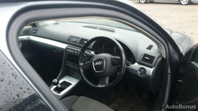 Audi A4, Sedanas | 3