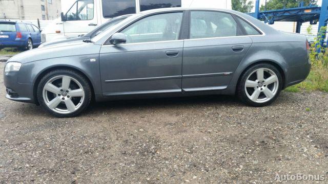 Audi A4, Sedanas | 5