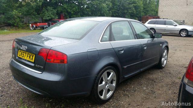 Audi A4, Sedanas | 6