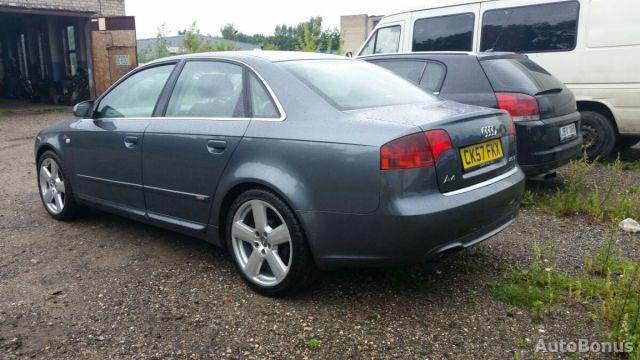Audi A4, Sedanas | 7