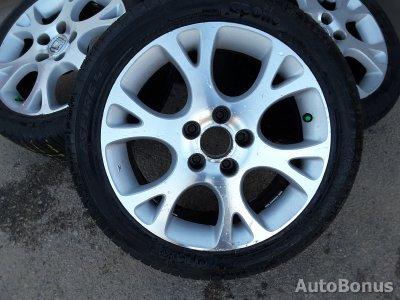 Honda Aerodeck lengvojo lydinio ratlankiai