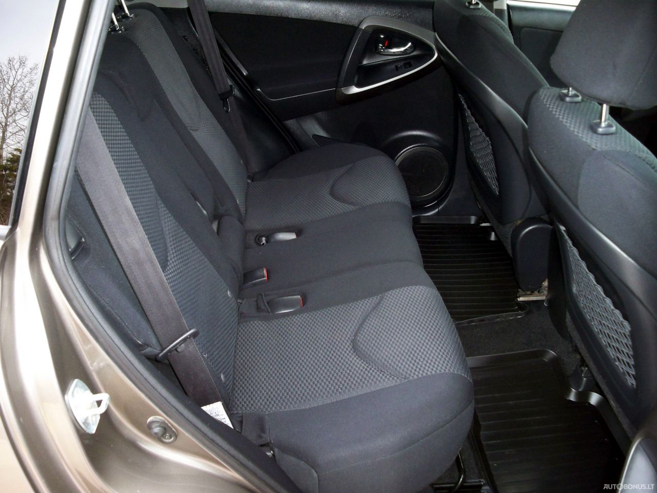 Toyota RAV4, Cross-country, 2010-11
