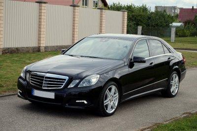 Mercedes-Benz E350 | 1