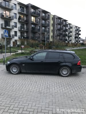 BMW 320, universal