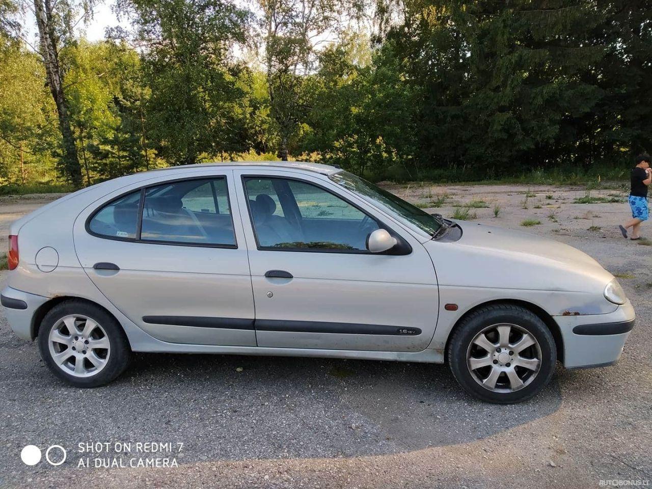 Renault Megane, sedanas