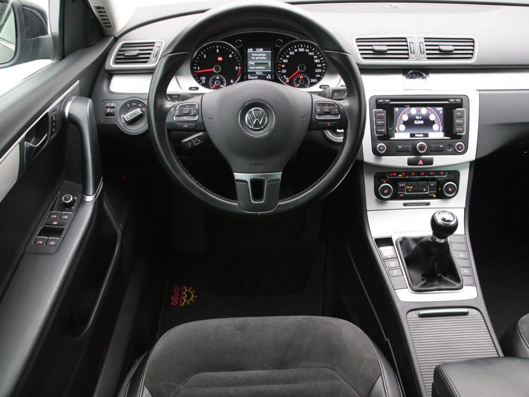 Volkswagen Passat | 16