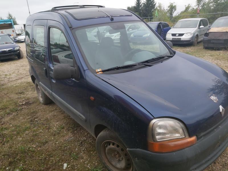 Renault 4, Komercinis