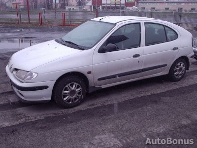 Renault Megane, Hečbekas