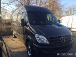 Mercedes-Benz sprinter311