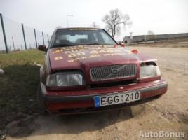 Volvo 460 sedanas