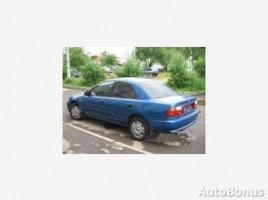 Mazda 323 седан