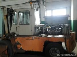 GAZ 40814 šakiniskrautuvas