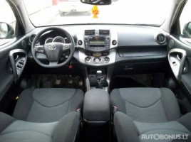 Toyota RAV4, Cross-country, 2010-11 | 15