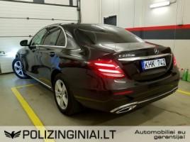 Mercedes-Benz E220 | 3