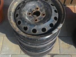 Plieniniai štampuoti ratlankiai | 0