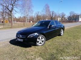 Mercedes-Benz C250 saloon