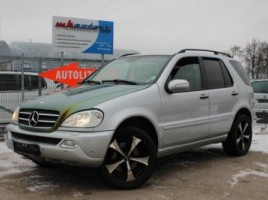 Mercedes-Benz ML400 visureigis