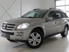 Mercedes-Benz GL420 visureigis