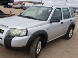 Land Rover Freelander cross-country