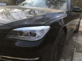 Mercedes-Benz E klasė, Sedanas   3