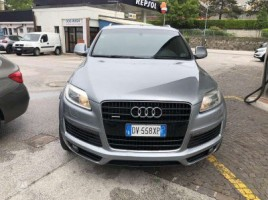 Audi Q7 cross-country