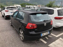 Volkswagen Golf | 2