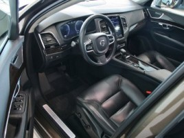 Volvo XC90 | 3