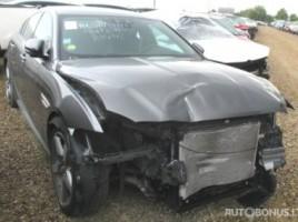 Jaguar XE седан