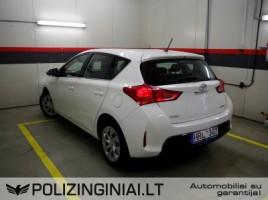 Toyota Auris | 3