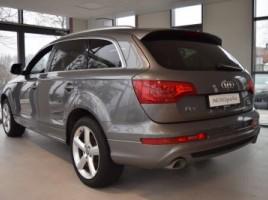 Audi Q7 | 1