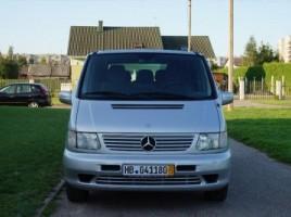 Mercedes-Benz V220 | 1