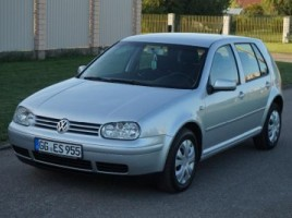 Volkswagen Golf hatchback
