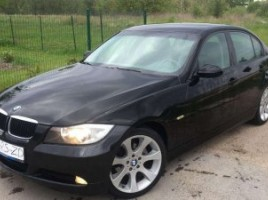 BMW 318 sedanas