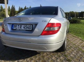 Mercedes-Benz C180 | 3