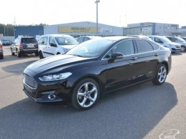 Ford Fusion saloon