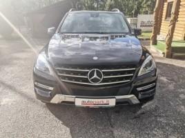 Mercedes-Benz ML350 | 1