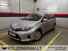 Toyota Auris universalas