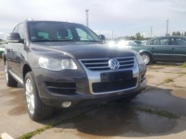 Volkswagen Touareg | 1