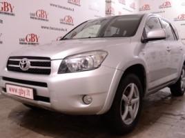 Toyota RAV4 visureigis