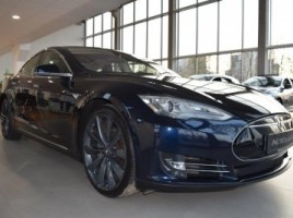 Tesla Model S | 2