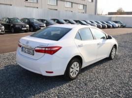 Toyota Corolla | 3
