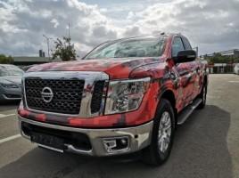 Nissan Titan pick-up