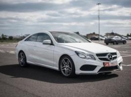 Mercedes-Benz E200 | 2