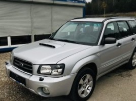 Subaru Forester cross-country