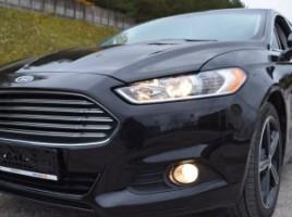 Ford Fusion sedanas