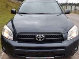 Toyota RAV4 | 1