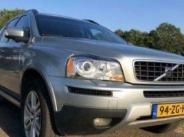 Volvo XC90 cross-country