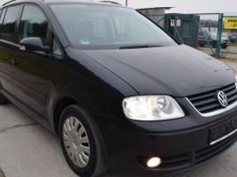Volkswagen Touran   2