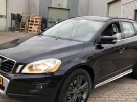 Volvo XC60 внедорожник