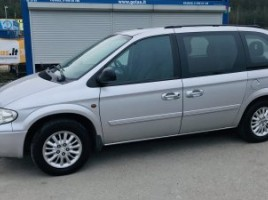 Chrysler Town & Country | 2